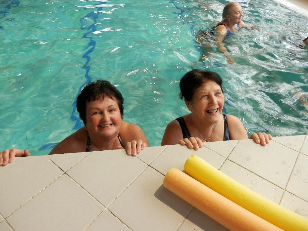 Libochovice – V Domově důchodců závodili v plavání